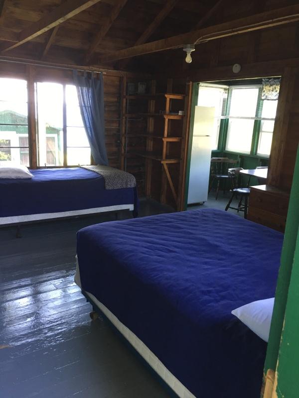 Hlsd 2 room to lake